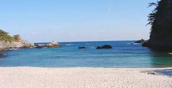 石白川海水浴場 式根島